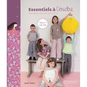 """Livre """"Essentiels à coudre"""" par Caroline Venencie Menard"""