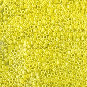 Perles rocaille Toho Treasure 11/0 jaune dandelion lustered opaque, tube de 3g, ref TREASURE 128
