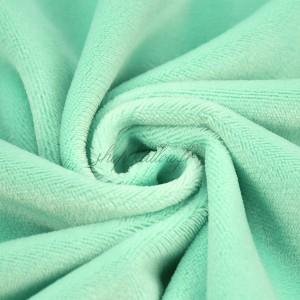 Tissu minkee vert menthe, Shorty de la marque Kullaloo, coupon de 75x100cm